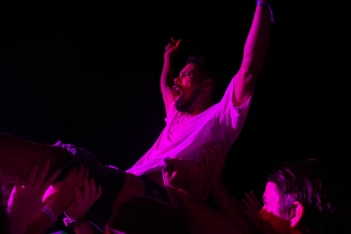 Crowd Surfer during the Oh Sees's set